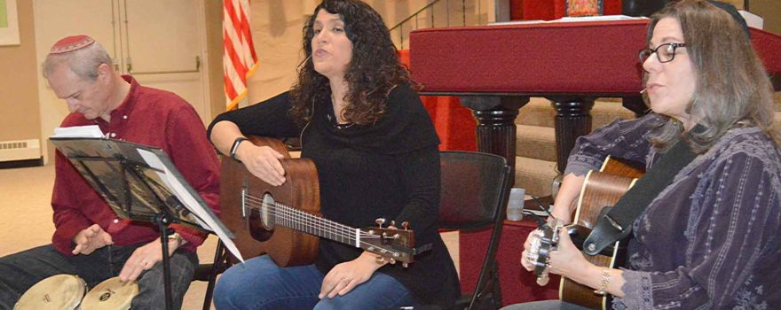 Ohev Sholom's monthly musical Shabbat services